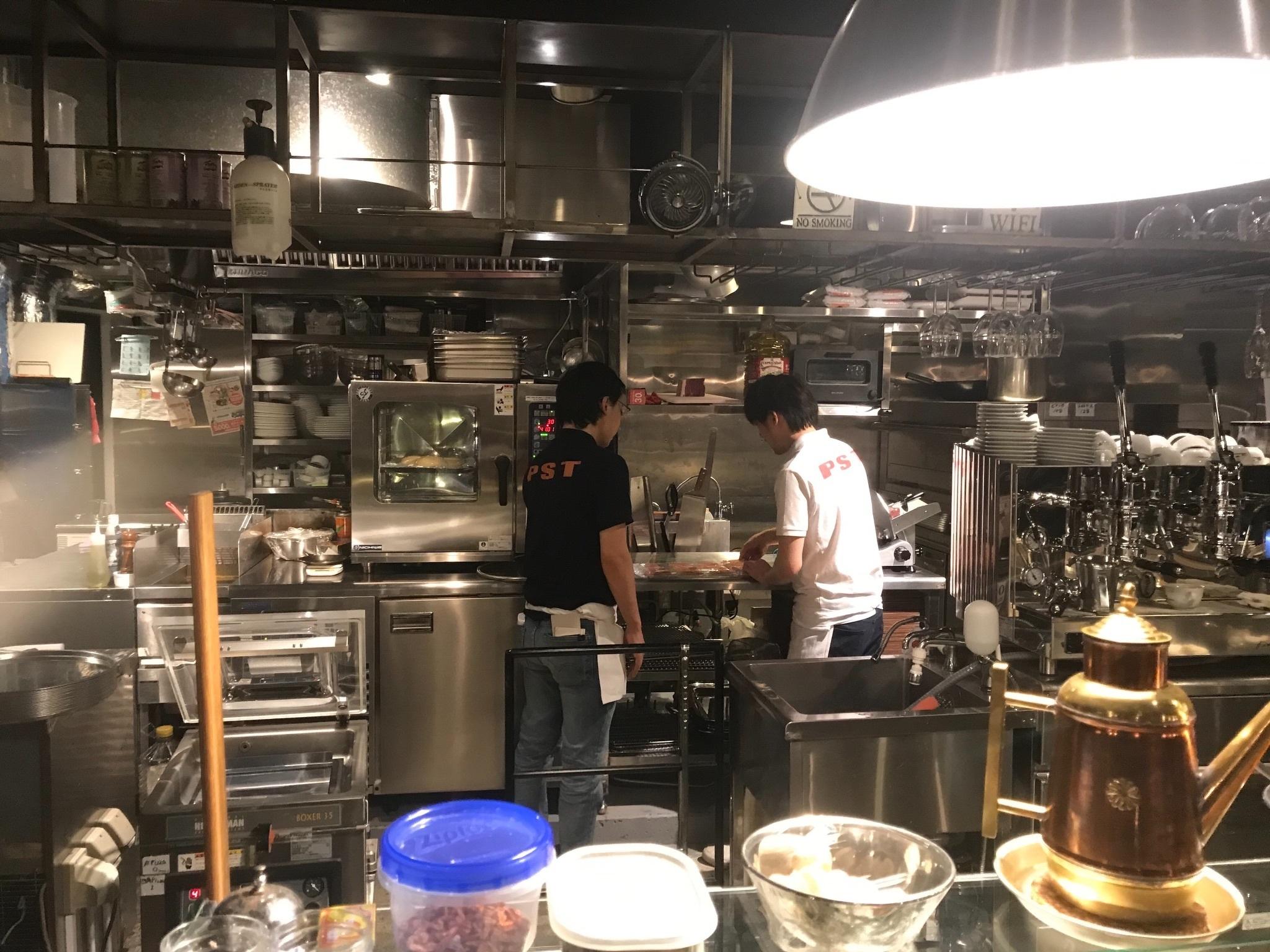 PST六本木 Pizza Studio Tamaki Roppongi, Tokyo | Reviews