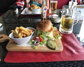 Lunch at Buffalo steak house