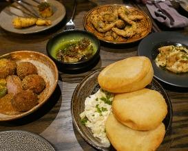Dinner at Roister Restaurant