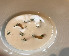Shrimps milk with crème caramel and dill