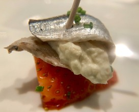Marintated anchovy and strawberry