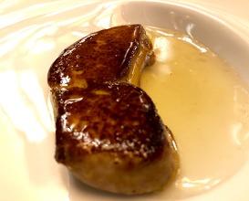 "Sautéed fresh foie gras with ""salt flakes and grain pepper"""