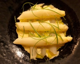 White asparagus with sauce gribiche