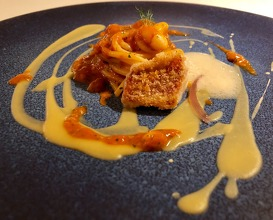 Gold, die-cut spaghettoro with Pigna white beans, red mullet and its emulsion