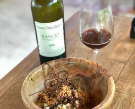 Chocolate noir, pain, cassis fermente
