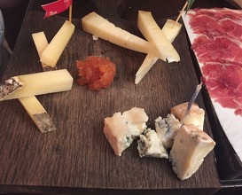 Cheese selection (Ekiola, Altejo & Le bleu des basques)