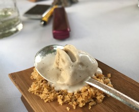 Millefeuille Baumaniere's tradition, version 2017, light cream with Madagascar vanilla, pistachio florentine and vanilla ice cream