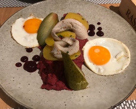 Labskaus Fried egg, Bismarck herring from Rasmus and beetroot salad