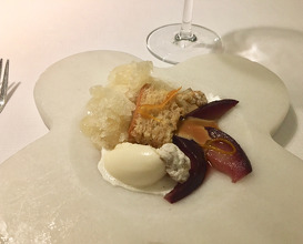Pear in red wine with vermouth granita, cinnamon ice-cream and toffee