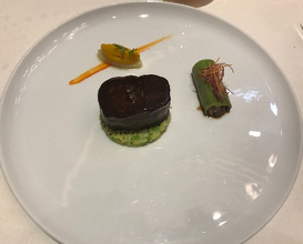 "HOKKAIDO VENISON ROASTED WITH JUNIPER BERRY CANNELLONI STUFFED WITH BRAISED SHOULDER GREEN CABBEGE WITH TRUFFLE, ""CALISSON"" CELE RI/CAROTTE/CORIANDER FLAVOURED WITH ARGAN AND  BLACK PEPPER RED WINE SAUCE"