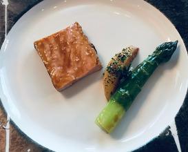 La Côte De Veau De L'Aubrac grilled côte de veau from aubrac with natural jus & green asparagus