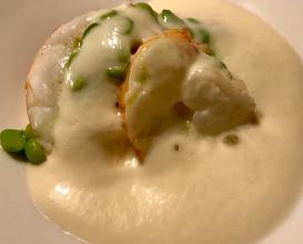 LANGOUSTINE Green peas & maran egg