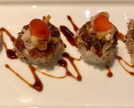 Yoso Sushi Rolle Beef Tatar Cashew