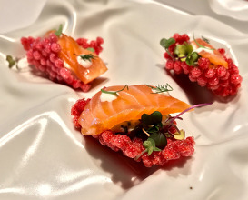 2019 Tapioca with beetroot and crustaceans