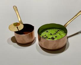 "4. ""Dal Makhani"" con suero de leche de oveja y clorofila 5. Frog Legs As ""Butter Chicken Masala"", Pickled Mint, ""Papadum"" Of Lentils & Mango Chutney"