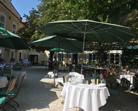 Lunch at Gasthof Schloss Aigen