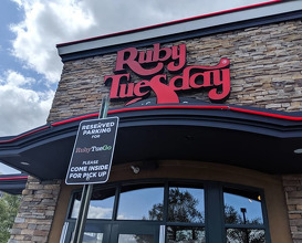 Dinner at Ruby Tuesday 94142