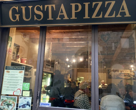 Meal at Gusta Pizza