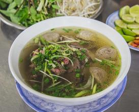 Dinner at Phở lệ Nguyễn trãi