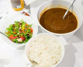 Dinner at La Maison Blanche / Avenue Montaigne
