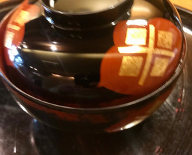 ·お椀鮭と白小豆の芋餅、茄子のすり流し、ナメコ OWAN (soup)