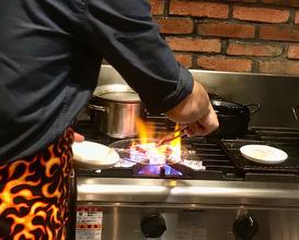 Dinner at Malülu et Hulülu