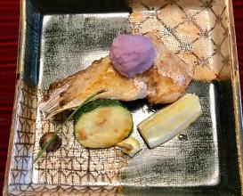 焼物 Grilled dish 鰤かま Yellow tail 煮物