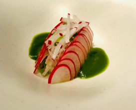 """Zuwai"" snow crab and cherry radish salad