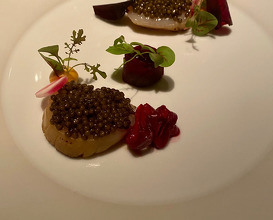 Scallops Imperial caviar & beetroot