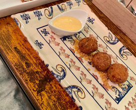 Shrimp croquettes and milk with shrimp flour and mackerel meat. With aioli and fried corn powder. Taco skin from the mackerel with fried corn and sunflower seeds, ceviche mackerel with citrus and caesar sauce of anchovies and sardines garum