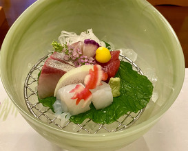 Dinner at Nakanobo Zuien
