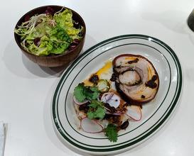 Dinner at Golden Diner