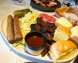 Dinner at LEÑA