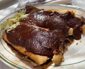 Dinner at El Molino Central