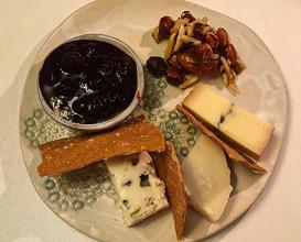 Dinner at Áarstova