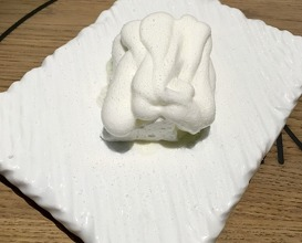 Yoghurt-tarragon