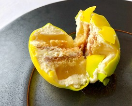 Vision of a Riviera lemon, flavoured with thyme