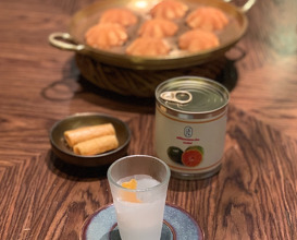 Mandarin from the chefs childhood in a tin