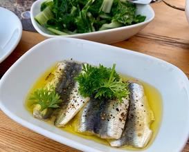 Marinated sardines