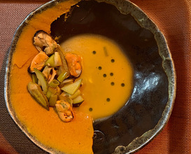 Mussels Okra, Borlotti bean puree, caramelized leek, lamb's quarters, chlorophyll oil