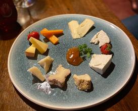 Dinner at Jan Tabac