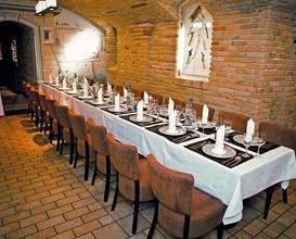 Platán Restaurant & Café